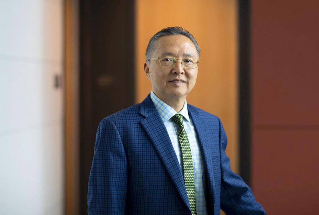 Dr. Howard Xu